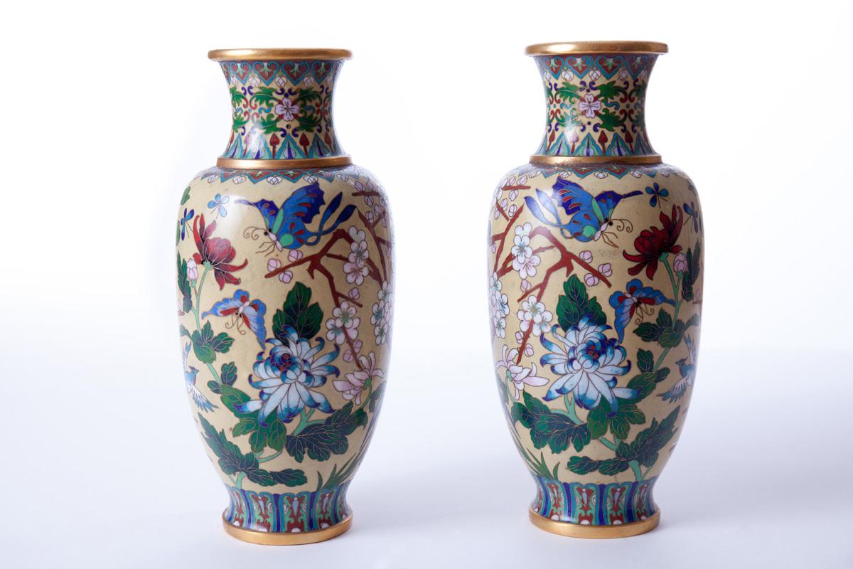 Пара настольных ваз с изображением птиц, 26 см