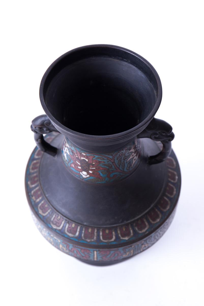 Бронзовая ваза с эмалью и ручками в виде головы дракона, 30 см