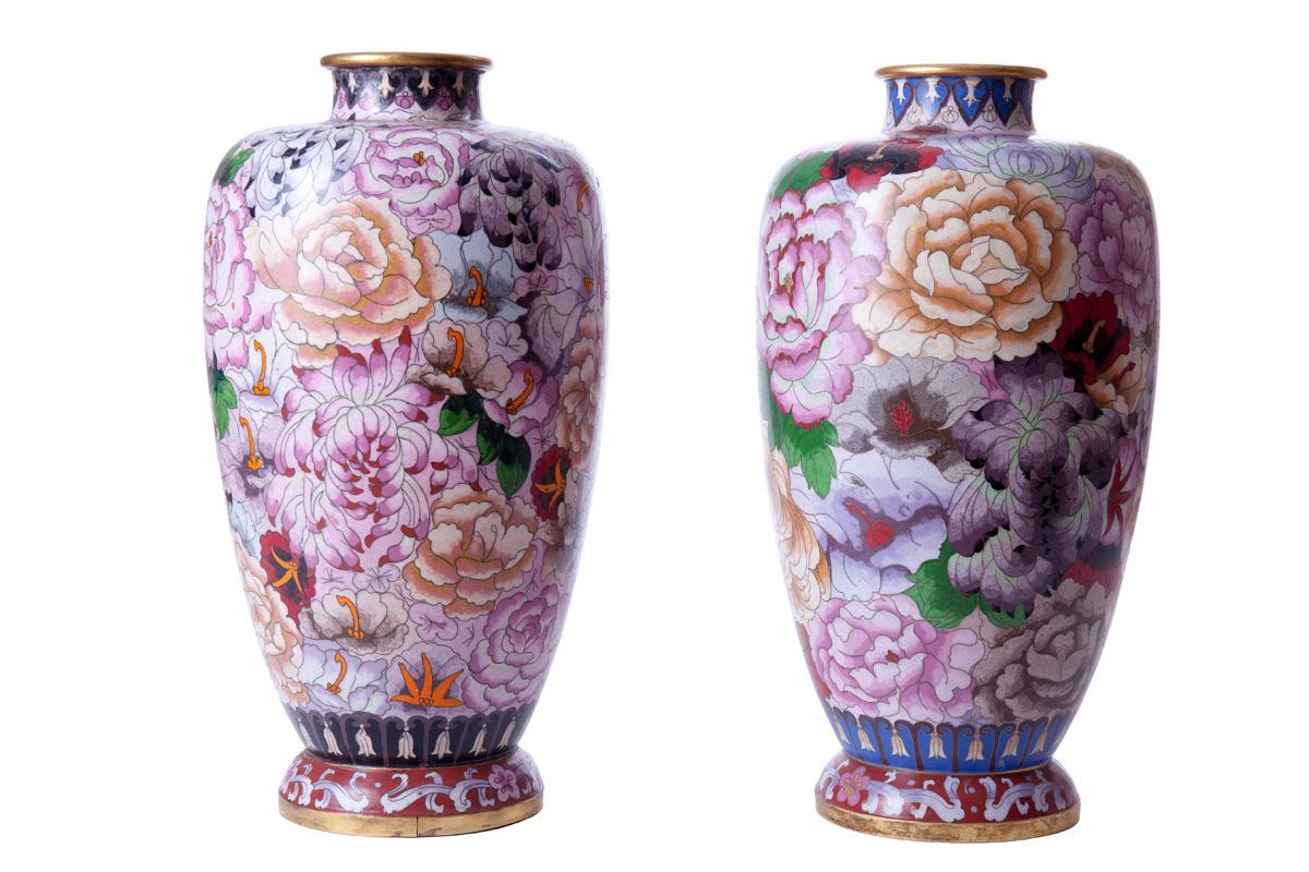 Парные вазы с розами, 40 см