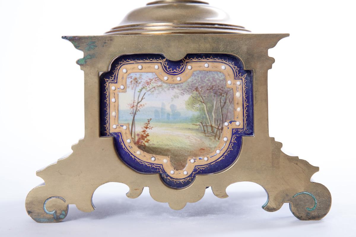 Пара кобальтовых ваз с изображением придворных сцен, 39 см