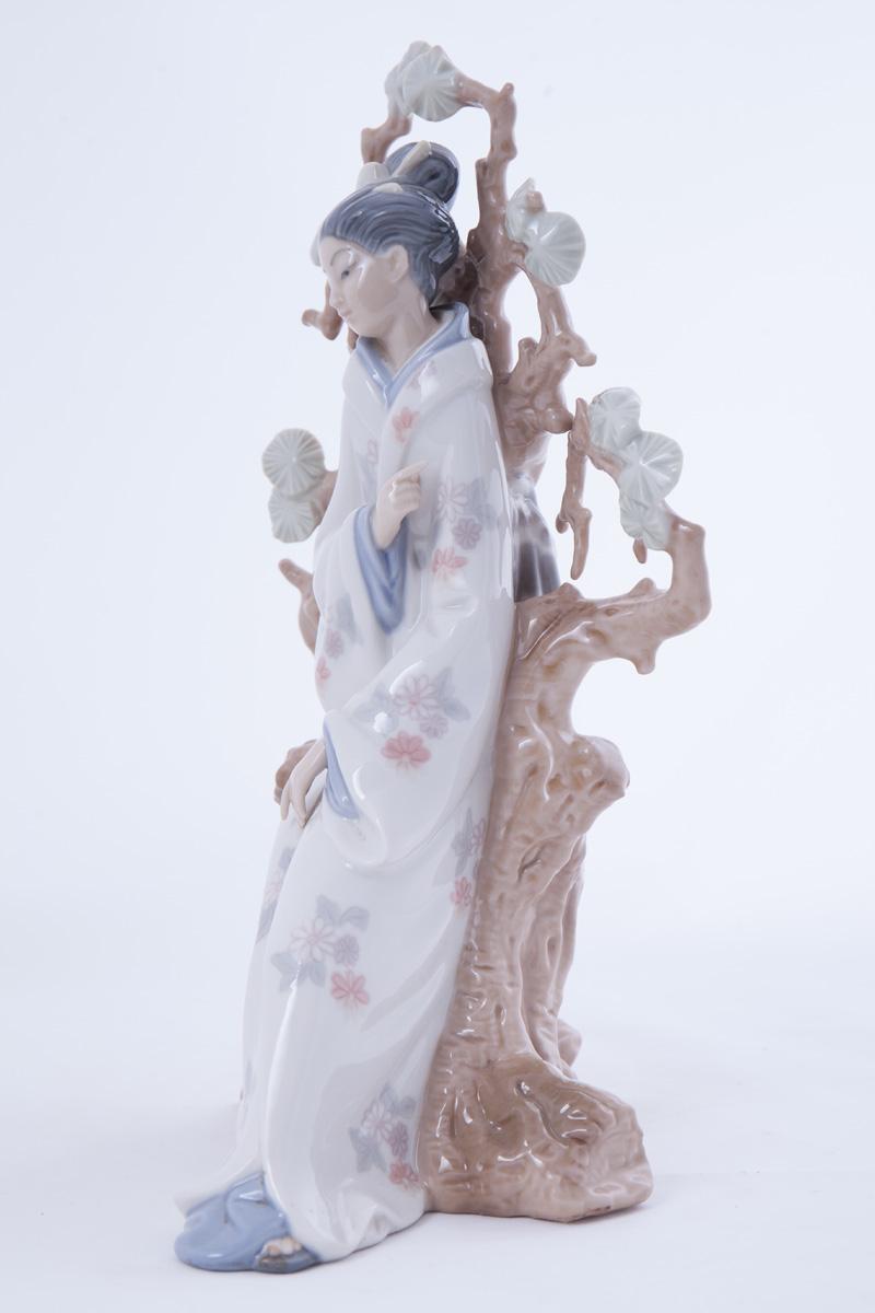 """Фарфоровая статуэтка Lladro """"GEISHA"""", 31 см"""