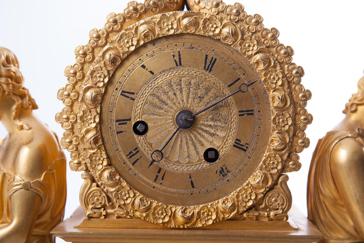 Бронзовые французские часы, 32 см