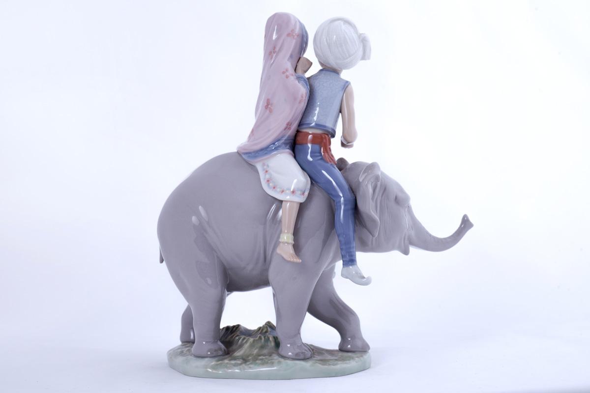 """Статуэтка Lladro """"Дети верхом на слоне"""", 23.5 см"""