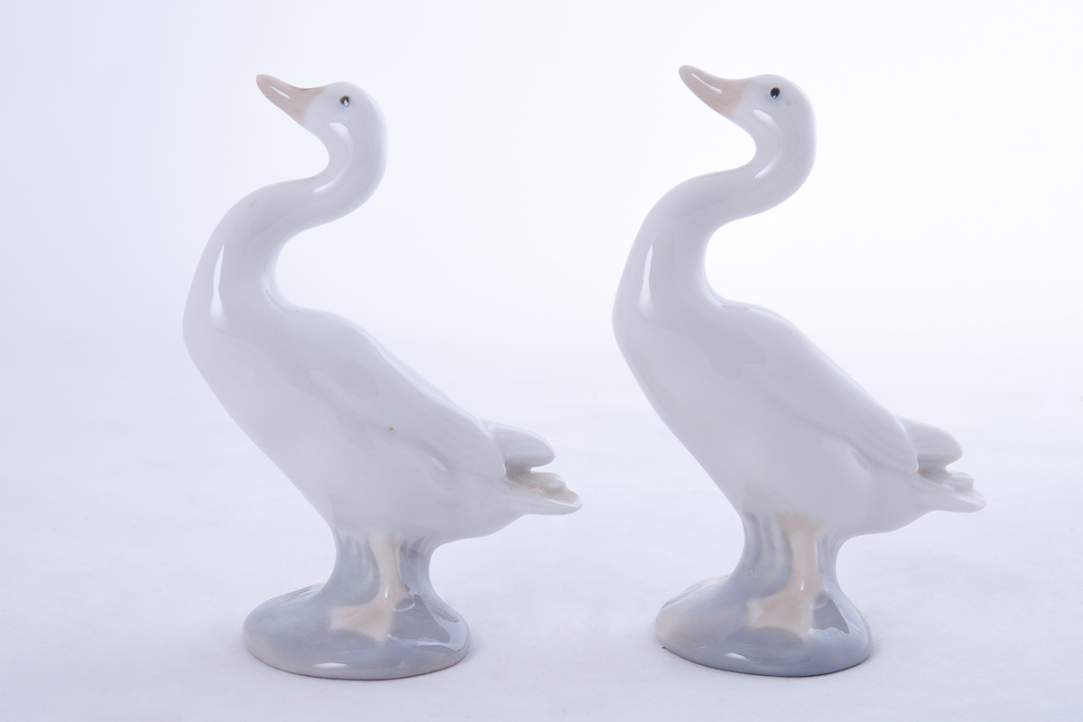 """Пара миниатюрных фигурок Lladro """"Гуси"""", 12 см"""