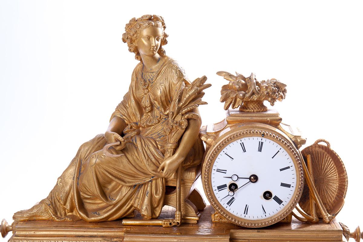 Старинные французские часы с женской фигурой, 38 см