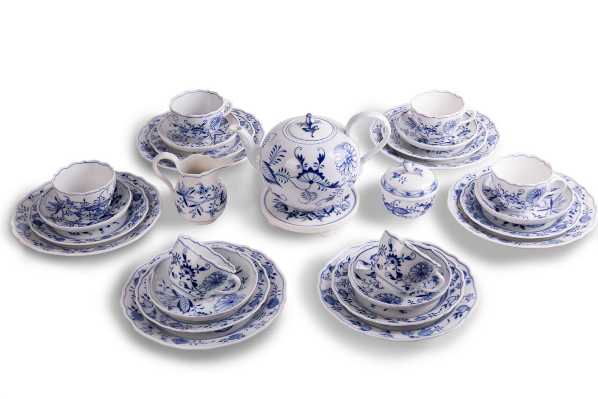 """Чайный фарфоровый сервиз MEISSEN """"Zwiebelmuster"""" на 6 персон, 28 предметов"""