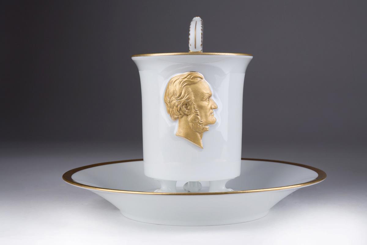 Чайная пара MEISSEN с портретом Richard Wagner, 14 см
