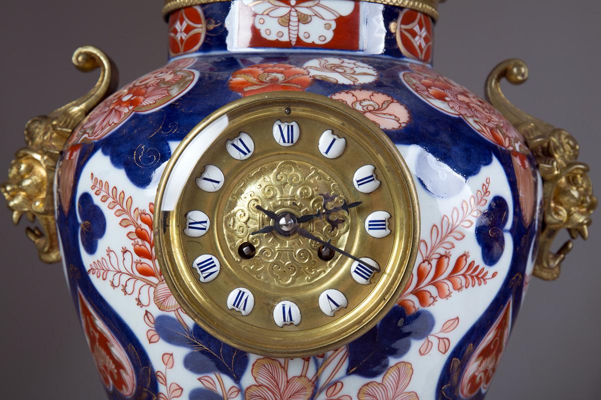 Комплект-тройка из часов и японских ваз IMARI в бронзе, 67 см