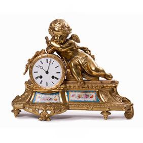 Французские позолоченные часы с Купидоном, 30 см