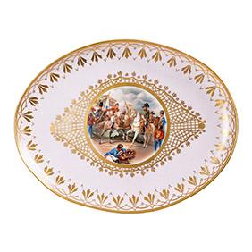 Большое фарфоровое блюдо с изображением Наполеона (деколь), 42.7 см