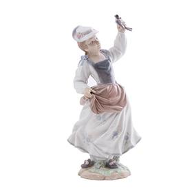 "Статуэтка Lladro ""Девушка с птицей в руках"", 28.5 см"