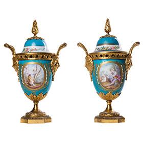 Французские вазы небесно-голубого цвета, 29.5 см