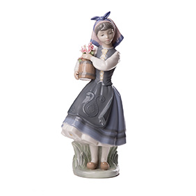 "Статуэтка Lladro ""FROM MY GARDEN"", 26 см"