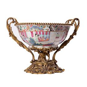 "Большая фарфоровая чаша ""CHINESE CANTON FAMILLE ROSE"" во французской бронзовой оправе, 28 см"