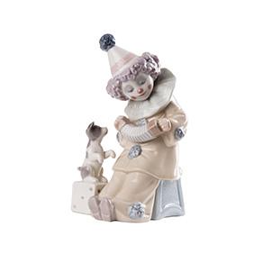 "Фарфоровая статуэтка Lladro ""PIERROT WITH CONCERTINA"", 15 см"