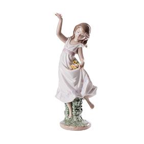 """Фарфоровая статуэтка Lladro """"GARDEN DANCE"""", 24 см"""